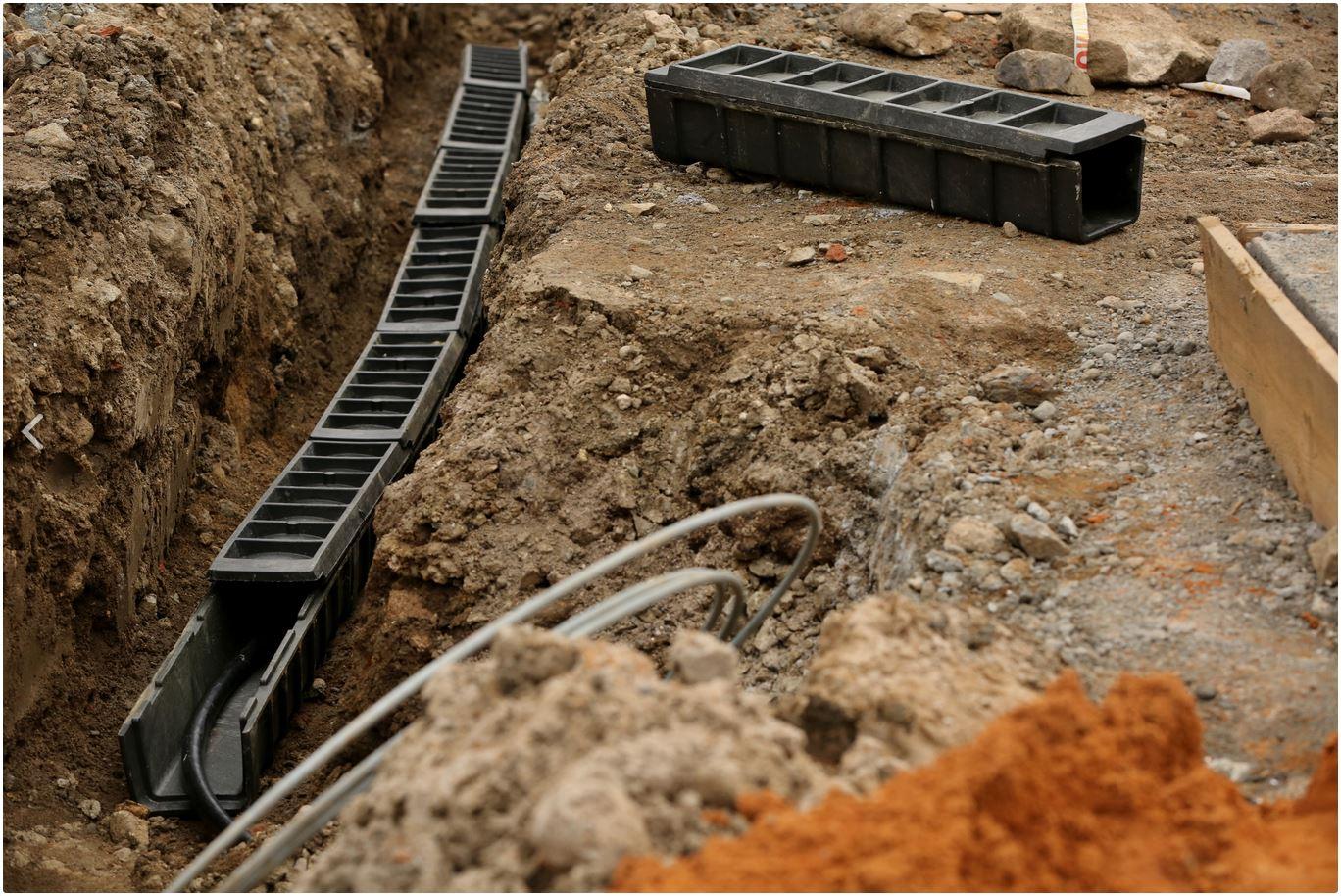 Pozeminiu kabeliu apsauginiai kanalai